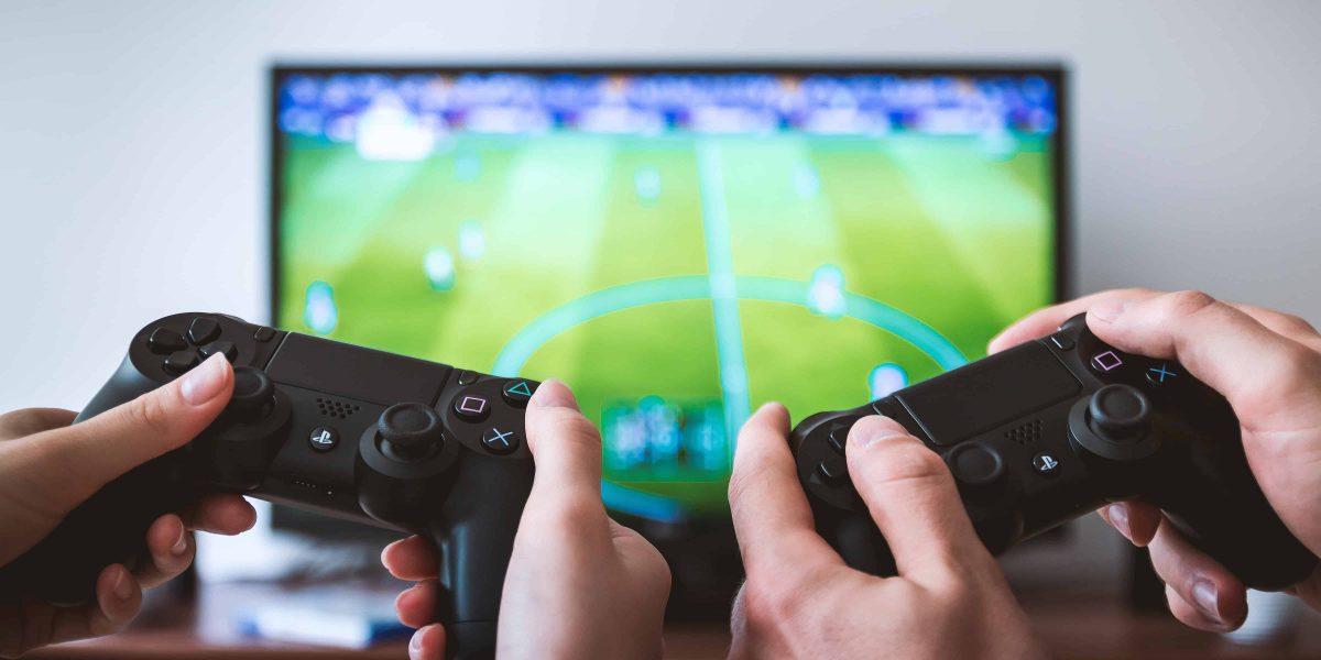 FIFA spielen, Videos produzieren